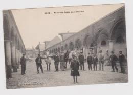 Roye  Ancienne Poste Aux Chevaux - Roye