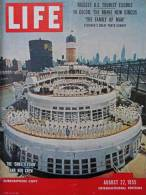 Magazine LIFE - AUGUST 22 , 1955 - INTER. ED. - EISENHOWER / KHRUSHCHEV  - PUB. Avions  LOCKHEED    (3033) - Nouvelles/ Affaires Courantes