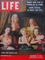 Magazine LIFE - DECEMBER 26 , 1955 - INTER. ED. - THE TRUMAN MEMOIRS - L'ÉTHIOPIE, 20 Ans APRÈS  -  RENAULT  (3037 - Nouvelles/ Affaires Courantes