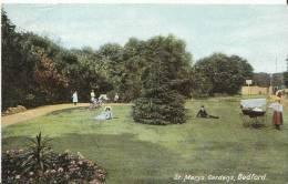 Bedfordshire Postcard - St Marys Gardens, Bedford  BH1005 - Bedford