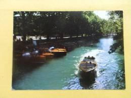 Dep 74 , Cpm  ANNECY , Le Canal Du Vassé Vu Du Pont Des Amours , 74H38 (85) - Annecy