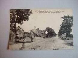 LA VILLE-DU-BOIS (S&O)_ Chemindes Prés à La Petite Ville Du Bois Et Route D´Orléans - Autres Communes