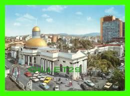 CARACAS, VENEZUELA - EL APITOLIO Y LAS TORRES DEL CENTRO SIMON BOLIVAR - OLD CARS - - Venezuela