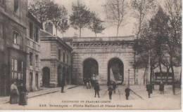 BESANCON (.porte Battant Et Place Pouchot  ) - Besancon