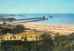 CP.  62.  BOULOGNE  SUR  MER.  LA  PLAGE  LE  CASINO  ET  LES  JETEES - Boulogne Sur Mer