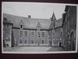 RHODE ST PIERRE - Le Château : Cour D'honneur - Holsbeek