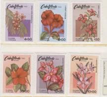 CABO VERDE 1980 FLORES TIPICAS DE CABO VERDE  FLEURS TIPIQUES DE CAPE VERDE   TYPICAL FLOWERS OF CAPE VERDE - Cap Vert
