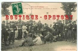 ACHAT IMMEDIAT < MILITAIRES < LA SOUPE à 10 HEURES Au Camp Du Ger - Militaria Militaire Soldat - Dos Scanné - Manovre