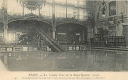 PARIS INONDATION DE LA GARE D'ORSAY MONTE CHARGE DES BAGAGES - Paris Flood, 1910