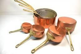 Série De 8 Casseroles En Cuivre étamées (casserole En Cuivre) Manche En Laiton Massif. Cuisine / Gastronomie