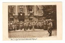CPA :Pologne : Przemysl : Revue Le 6 Juin 1915 Devant L´Hôtel De Ville De Przemysl : Animation - Guerre 1914-18