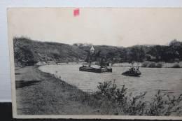 HASTIERE Promenade Meuse Péniche Circulée - Hastière