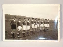 Photo. Equipe De Football. Première équipe Woluwé Star Silencieux Brussels Sport WSSB En Septembre 1950. 125 X 85 Mm. - Sports
