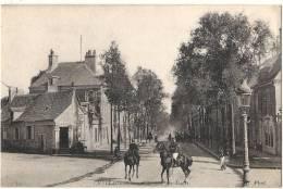 -36- CHATEAUROUX  Avenue De DEOLE Soldats à Cheval  TTB écrirte - Chateauroux