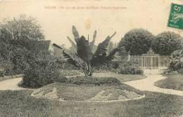 ONZAIN - Un Coin Du Jardin De L'école Primaire Supérieure - LOIR Et CHER - R1740113 - Other Municipalities