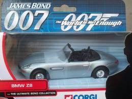 CORGI TOYS - SERIE 007 BMW Z8  AVEC SA  BOITE  Scala 1/36 - Corgi Toys