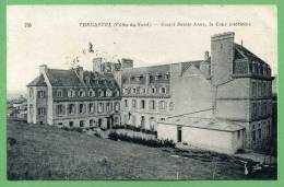 22 TREGASTEL - Castel Sainte-Anne, La Cour Intérieure - Trégastel