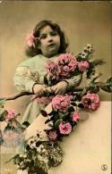 N°256 U  PETITE FILLE 1907 ET FLEURS SIP 1694 - Cartes Postales