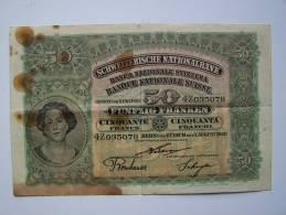 Billet 50  FRANCS SUISSE SCHWEIZERISCHE NATIONALBANK 1 August 1920 état Médiocre PLIURES FORTES ROUSSEURS - Suiza