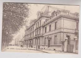 CPA DPT 69 LYON AV BERTHELOT, ECOLE DE SANTE MILITAIRE En 1916 - Altri