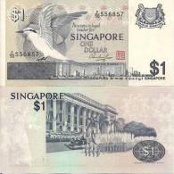 Singapore P-9, 1 Dollar, Black-naped Tern / National Day Parade, Woman $5CV - Singapore