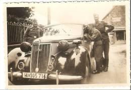 WW2 PHOTO ORIGINALE Soldats Allemands LW & Voiture De Luxe AUDI 920 ? Volkswagen - 1939-45