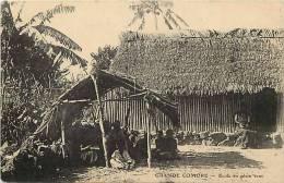 Afrique- Africa -ref A627- Grande Comore - Ecole En Plein Vent  -carte Bon Etat - - Comoros