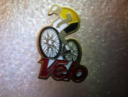 PINS PIN´S SPORT CYCLISME VÉLO MAGAZINE - Cycling
