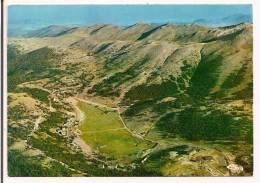 06 - GREOLIERES-les-NEIGES - Vue Panoramique Aérienne De La Station L'été - Au Loin La Côte Méditerranéenne - Ed. Cim - Autres Communes