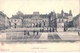-54-  LUNEVILLE Le Château Animée   TTB Neuve - Luneville