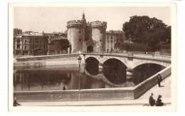 Cp, 55, Verdun, La Tour Et Le Pont Chaussée, Voyagée  1934 - Verdun