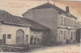 Burey La Cote   La Mairie   A Gouche, Maison Ou Résidait Durand Laxard, Oncle De Jeanne D'Arc        Scan 2900 - Commercy