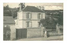 60 - Gouvieux L'Ecole De Chaumont - Gouvieux