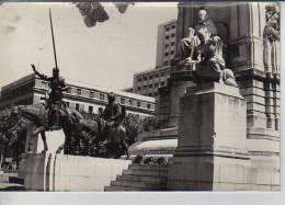 MONUMENTO A CERVANTES ESPAÑA CIRCA 1960  TAMAÑO 12X16  OHL - Places