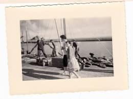 29 - Douarnenez - Photo Format 11.8 X 8.8 Cm - Retour De Pêche, Arrivage Des  Thons 1957 - Luoghi