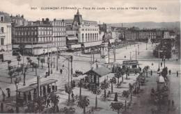 63 CLERMONT FERRAND PLACE DU JAUDE VUE PRISE DE L HOTEL DE LA POSTE - Clermont Ferrand