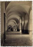 Près Nuits St Georges--Abbaye De N-D De CITEAUX-1956--Le Cloître (animée,moines),cpsm 10 X 15 éd Hélio-Lorraine - Autres Communes