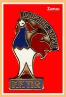 SUPER PIN´S TIR-Coq : Superbe COQ En Zamac Or De La Fédération Française De TIR DAUPHINE-SAVOIE - Water Polo
