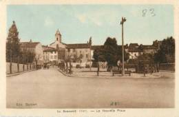 83 LE BEAUSSET - LA NOUVELLE PLACE ( CPA COLORISEE ) - Le Beausset