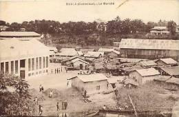 Afrique - Africa - Cameroun - Ref A522- Duala - Le Marché  -carte Bon Etat - - Cameroun