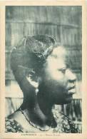Afrique - Africa - Cameroun - Ref A515- Douala - Femme Douala   - Carte Bon Etat - - Cameroun