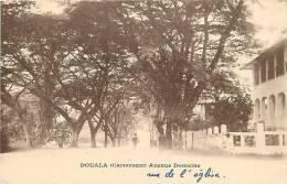 Afrique - Africa - Cameroun - Ref A506- Douala - Avenue Domaine   - Carte Bon Etat - - Cameroun