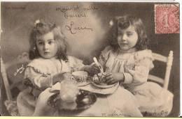 CPA La Dinette Enfant Enfants Fillette Fillettes Manuel Gouter Petit Déjeuner - Enfants