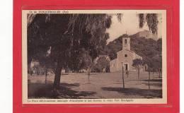 PORQUEROLLES(83)/ILE De PORQUEROLLES/La Place Délicieusement Ombragée D'eucalyptus Et Que Domine Le Vieux Fort Ste-Agath - Porquerolles