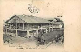 Afrique - Africa - Dahomey -ref A418-  Le Restaurant A Cotonou - Carte Bon Etat - - Dahomey