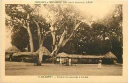 Afrique - Africa - Dahomey -ref A407-missions Africaines -temple Des Serpents A Ouidah -carte Bon Etat  - - Dahomey