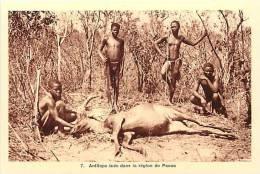Afrique - Africa -ref A166-republique Centrafricaine - La Chasse - Chasseurs - Antilope Tuée Dans La Region De Paoua   - - Central African Republic