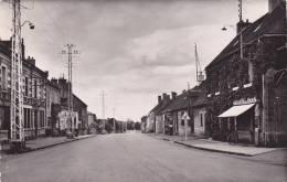 21740 -le Montet Allier, La Route Nationale -1330 Lescher - Pharmacie Poste Pompe Essence