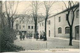CPA    42-  Roanne  ( Loire  ).        Pensionnat Des Minimes - Roanne