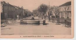 CPA 13 - BOUCHES DU RHONE N°4 ST MARTIN DE CRAU AVENUE D'ARLES (DO104) - Arles